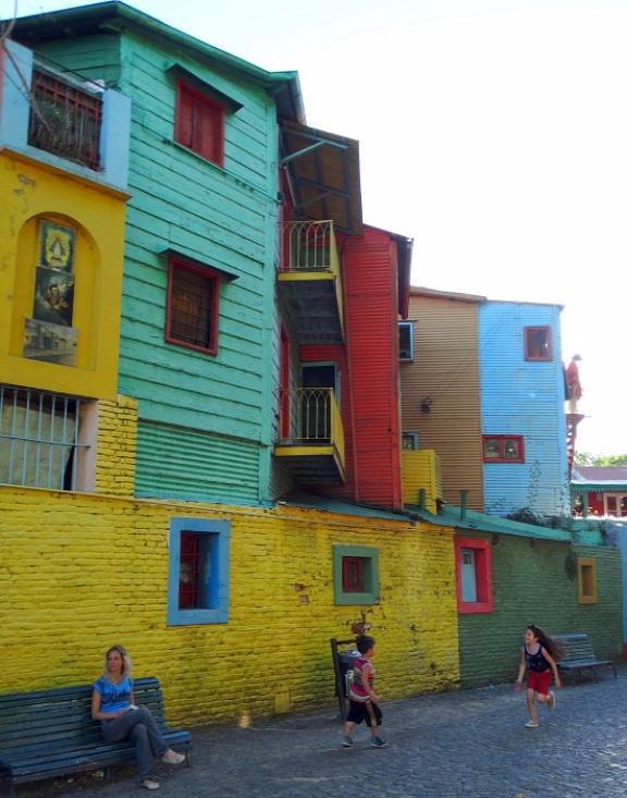 Ahogy minden turista, úgy mi is szívesen fotózkodunk La Bocában