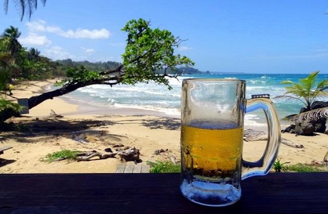 Nekem kell a sör ahhoz, hogy túléljem a strandolást