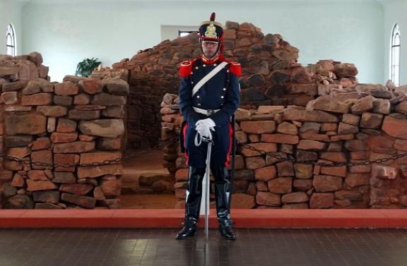 Katona őrzi San Martín szülőházának maradványait