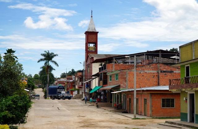 Kolumbia Melgar Carmen Apicala Cunday Villarica Cuevas del Edén Icononzo