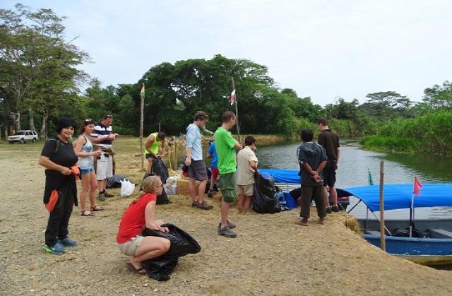 A Mirador csapat a beszállásra vár