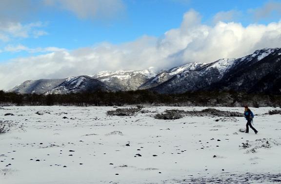 A Lanín-vulkán előtti lávamező