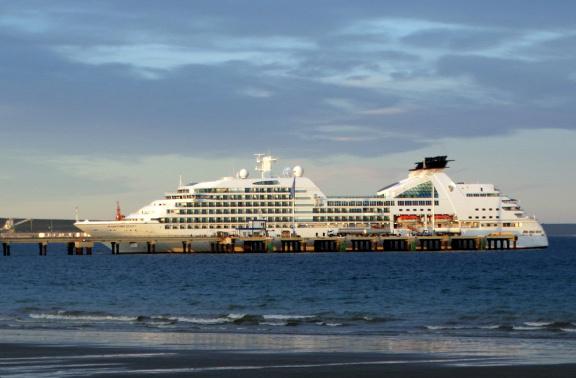 Puerto Madrynba óceánjárókon is érkeznek turisták