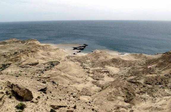 Puerto Pirámides környékén sivatagos a táj