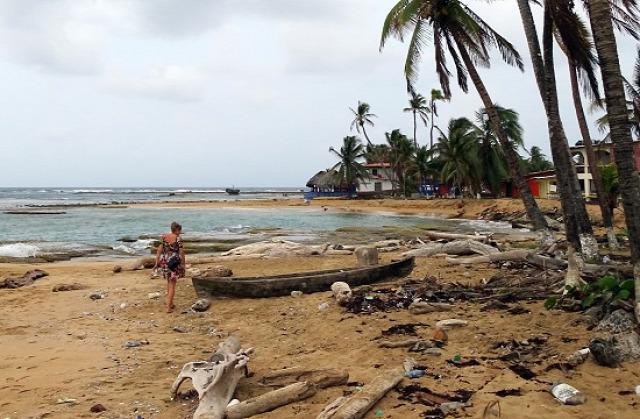 Marie az elhagyatott parton