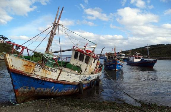 Bárkák Puerto del Hambréban