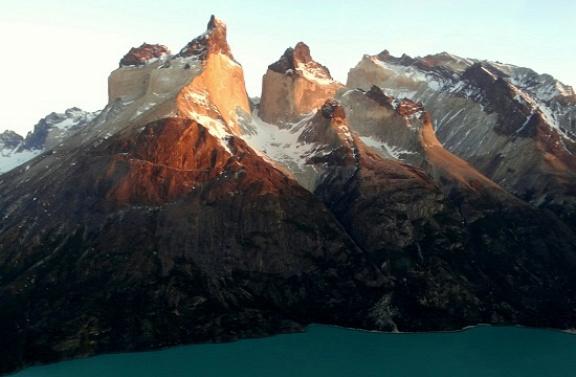 Egy ismertebb fotó: Cuernos del Paine