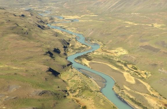 Gleccservizet szállít a Rio Paine