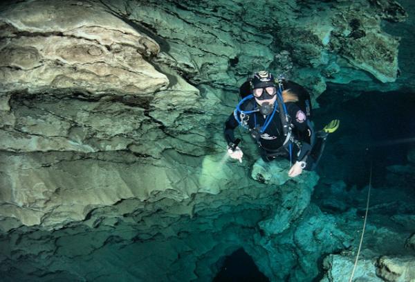 barlang magyar