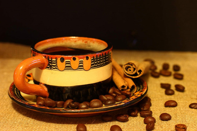 karácsony karácsonyi kávé recept rum méz fahéj narancs vanília fűszeres kávé