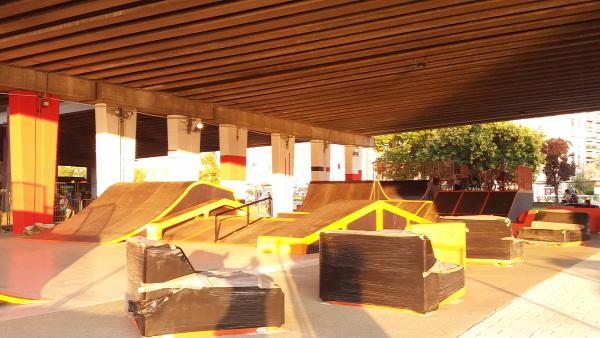 Nehru part felújítás skate pálya játszótér kutyafuttató ferencváros