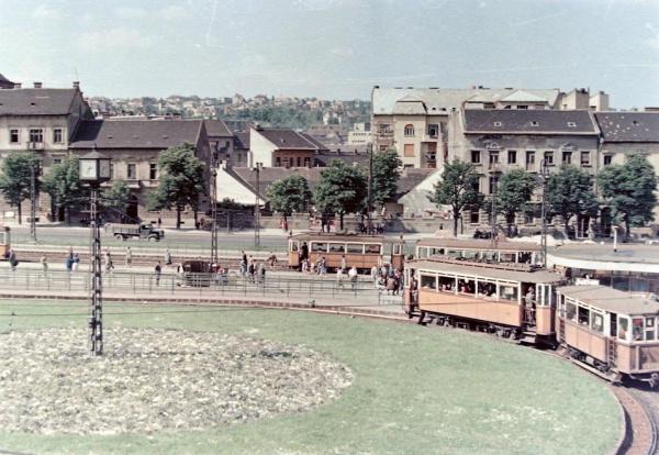 Széll Kálmán tér Moszkva tér óra
