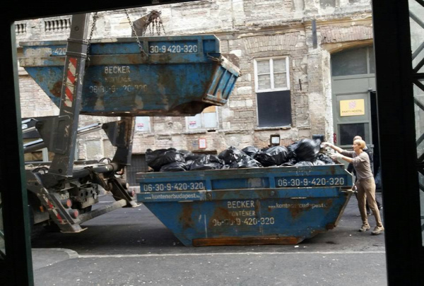 bulinegyed Instant Fogasház hulladék Belső-Erzsébetváros