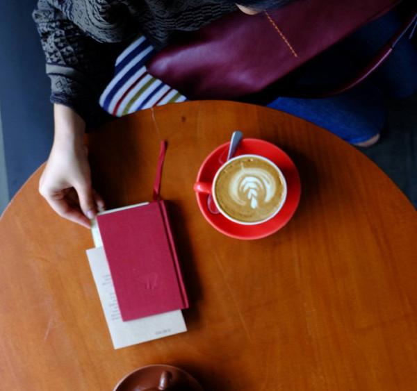 vers költészet világnapja kávé