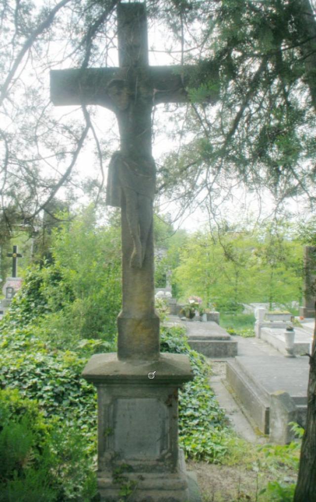 kereszt temető vác