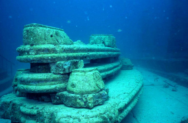 A világ érdekes Florida Miami vízalatti temető  Neptune Memorial Reef