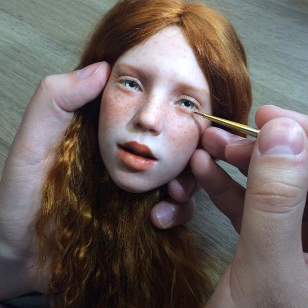 A világ érdekes baba élethű Mihail Zajkov arc szimpátia félelem ijesztő rejtélyes völgy