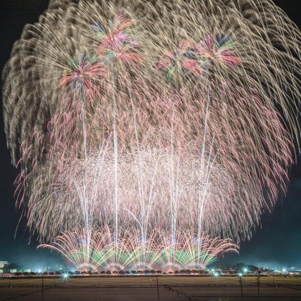 A világ érdekes Japán tüzijáték fesztivál