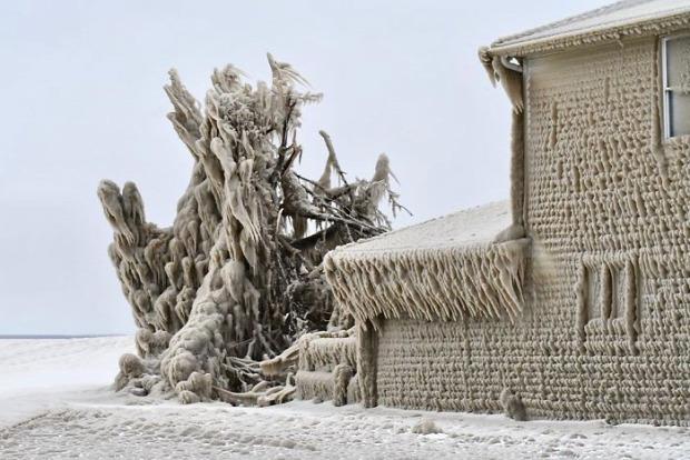 Erie-tó tél jég ház vihar