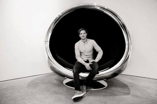 Kütyülógia repülőgép alkatrész bútor