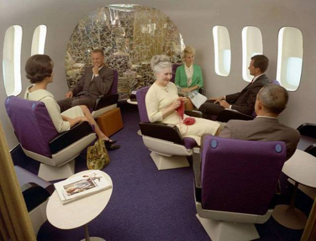 A világ érdekes repülőgép első osztály 50-es évek