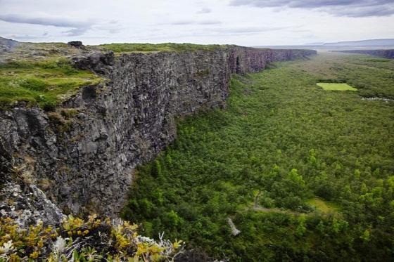 A világ érdekes Izland Asbyrgi kanyon