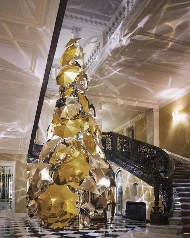 A világ érdekes karácsonyfa munkahely ötlet pótlás