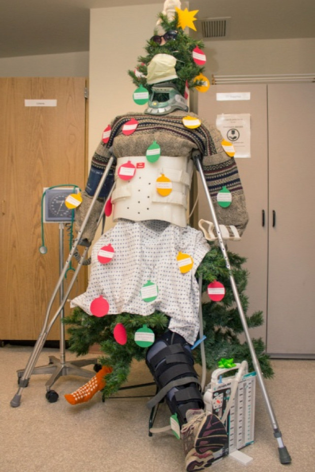 A világ érdekes kórház karácsony dekoráció