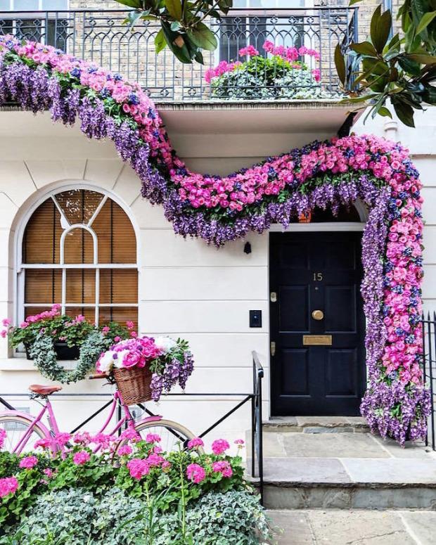 A világ érdekes  London ajtó bejárati