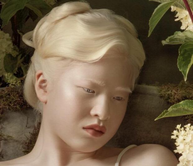 albinó lány kínai modell