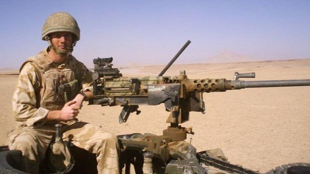 A világ érdekes James Simpson amputált katona verseny spártai