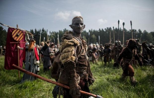 A világ érdekes rajongó Tolkien Hobbit csata újrajátszás öt sereg csatája