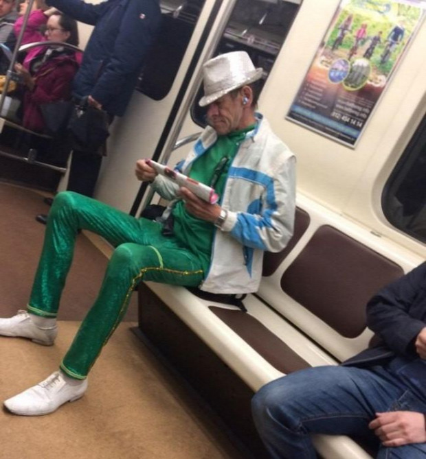 orosz  metró utas furcsa A világ érdekes