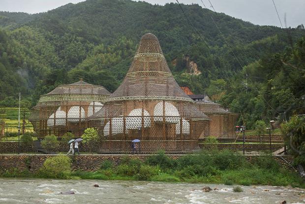 A világ érdekes Kína bambusz biennálé építészet