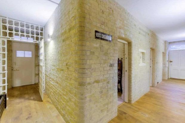 A világ érdekes bíróság rendőrállomás családi ház otthon felújítás