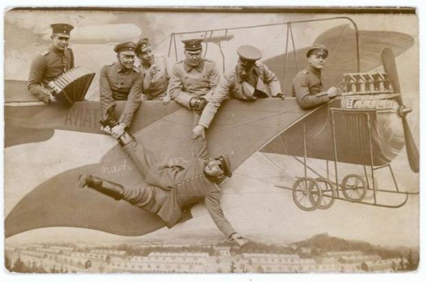 A világ érdekes vásár vurstli fotó katona nagy háború I. világháború