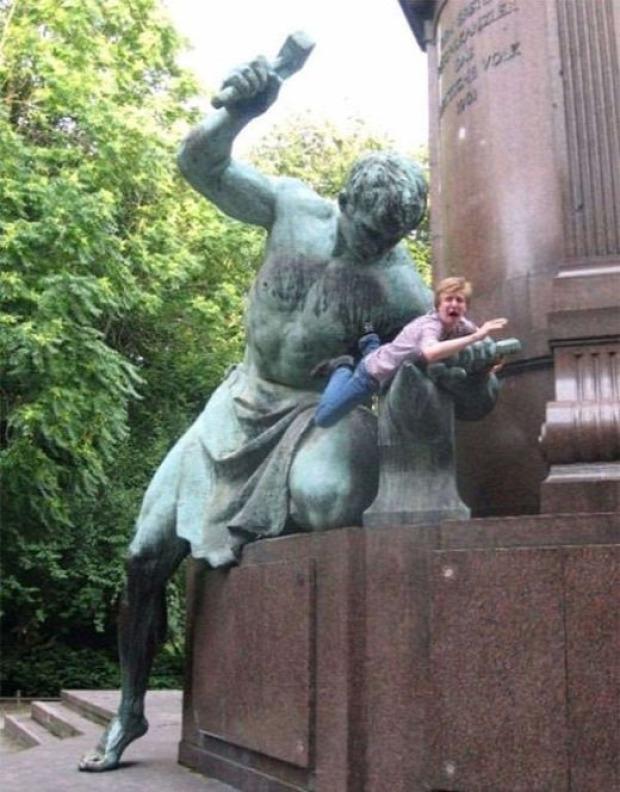 A világ érdekes szobor turista