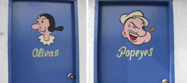 A világ érdekes vécé ajtó tábla jelölés