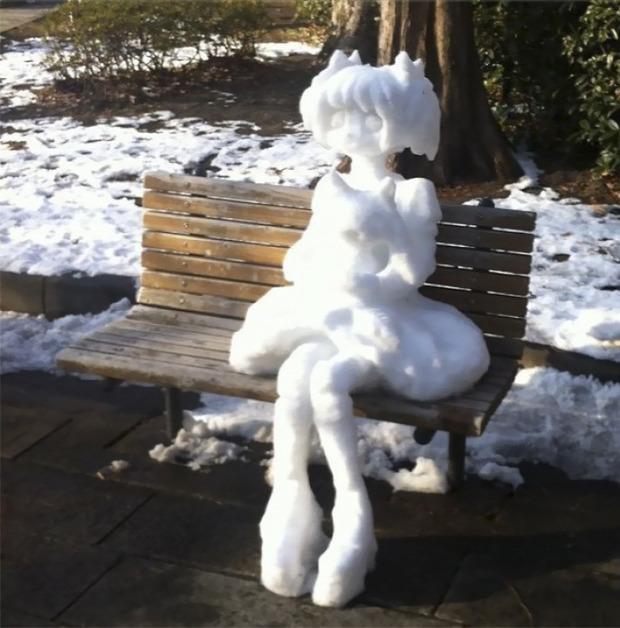 Japán hóember hószobor
