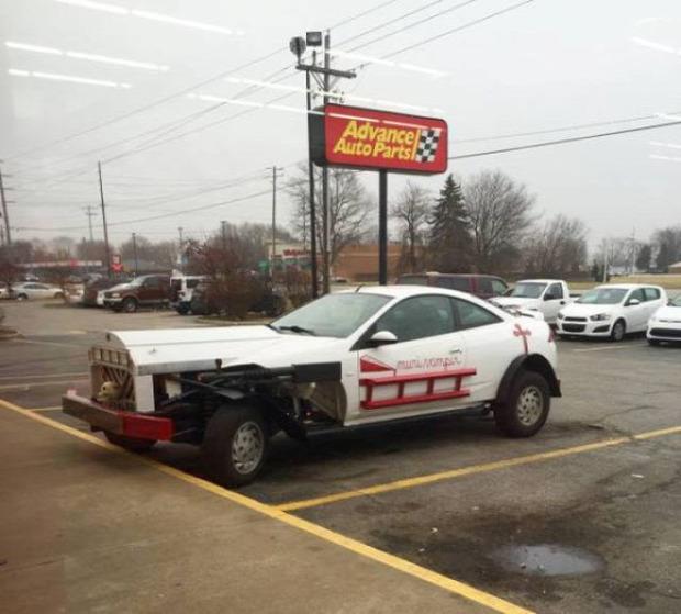 Kütyülógia jármű autó őrült vicces