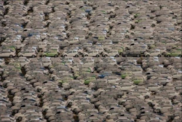 A világ érdekes Thaiföld áradás Honda autó bezúzás