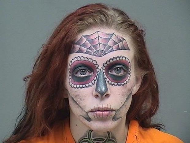 A világ érdekes drog tetoválástetkó arc