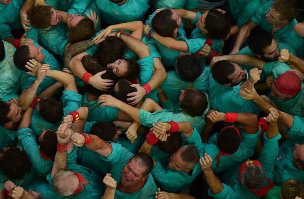 A világ érdekes Spanyolország Katalónia verseny Concurs de Castells ember torony