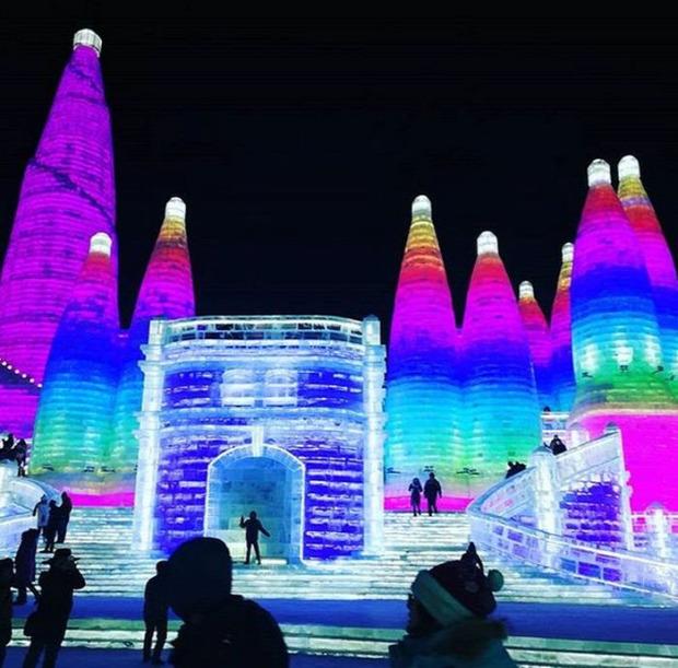 A világ érdekes Harbin Kina jég hó fesztivál