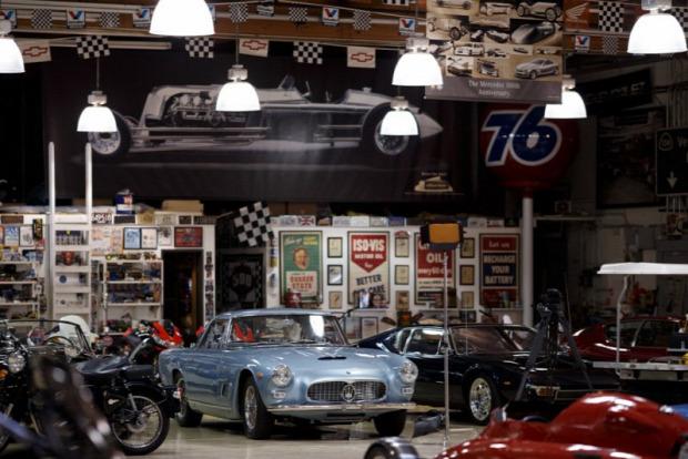 A világ érdekes Jay Leno garázs autó múzeum
