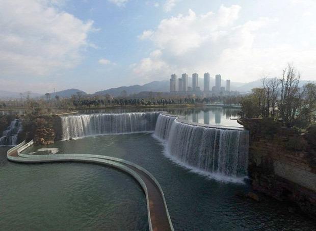 A világ érdekes legnagyobb mesterséges vízesés