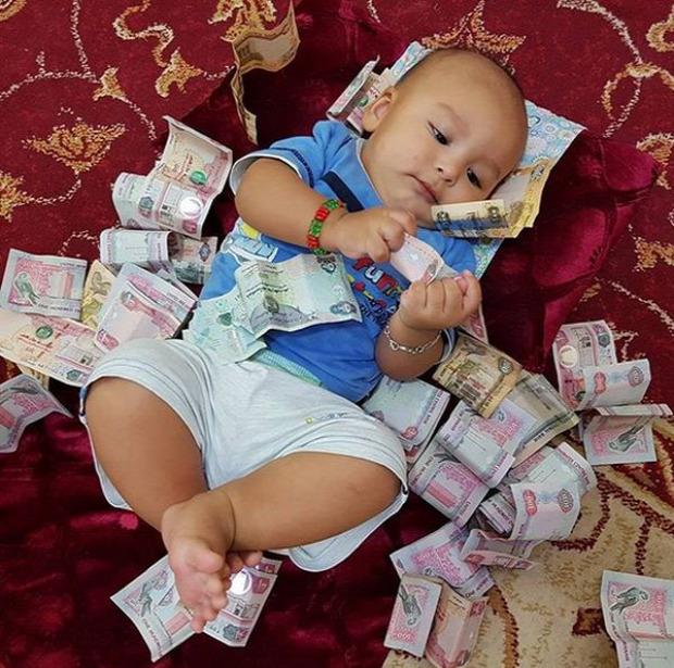 Az isten állatkertje gazdag baba ékszer pénz