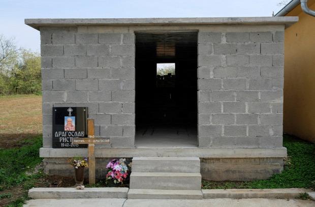 a világ érdekes Szerbia tememtő bungaló mauzóleum