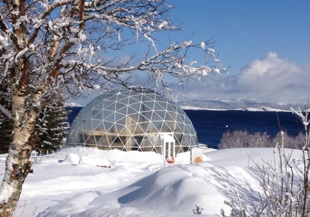 A világ érdekes Norvégia sziget kupola dóm geodéziai ház iglu üveg