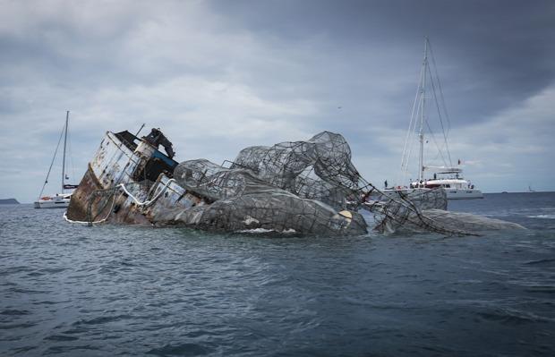 A világ érdekes búvár paradicsom hajó roncs polip kraken acél